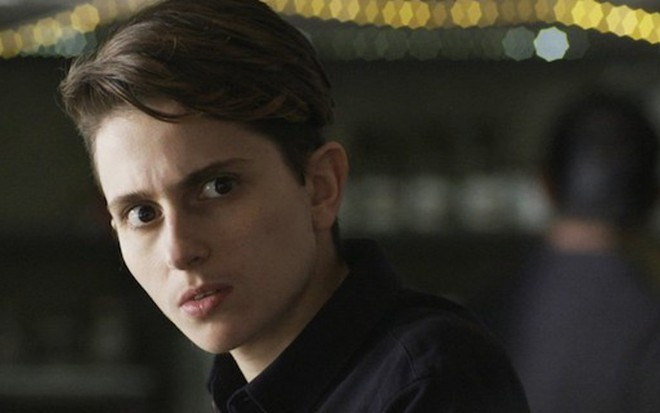 Ivan (Carol Duarte) em cena da novela; transgênero sofrerá agressão e irá parar no hospital - Reprodução/TV Globo