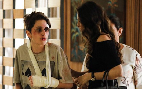 Carol Duarte e Maria Fernanda Cândido em cena desta quarta (11); Joyce se comoverá - Victor Pollak/TV Globo