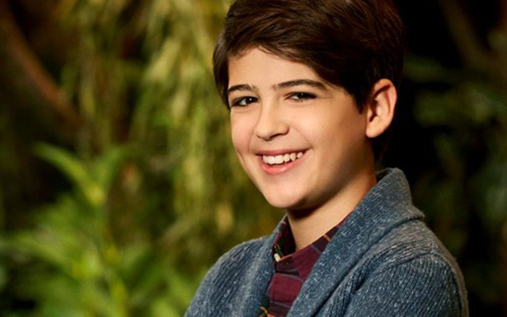 Joshua Rush interpreta Cyrus em Andi Mack: personagem se apaixonará por outro garoto - Divulgação/Disney Channel