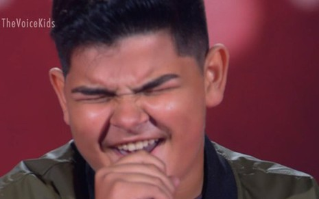 Gustavo Salles se apresentou no The Voice Kids