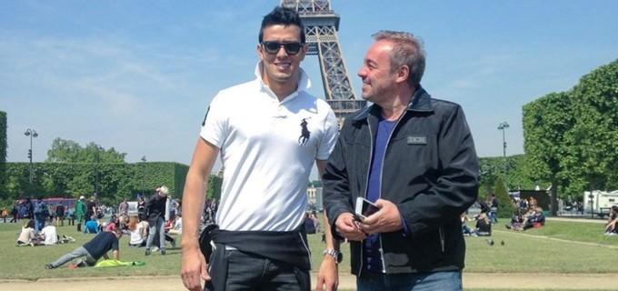 Thiago Salvático e Gugu Liberato em viagem a Paris, em 2014