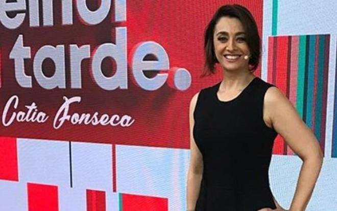 Catia Fonseca no cenário do Melhor da Tarde, que estreou na Band em 1º de março - REPRODUÇÃO/INSTAGRAM