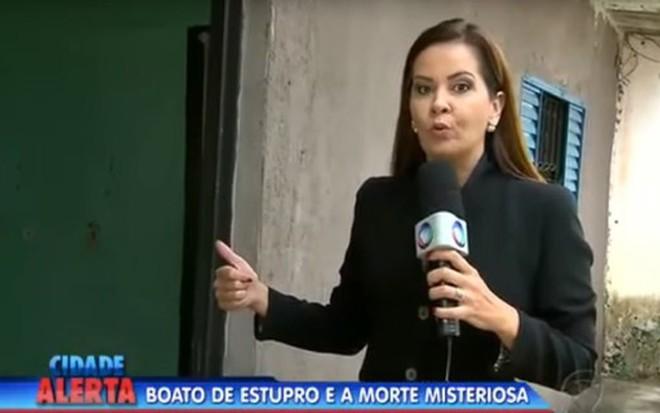 Leniza Krauss em gravação de reportagem exibida pelo Cidade Alerta na última segunda (9) - Reprodução/TV Record