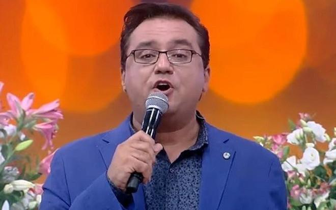 Geraldo Luís durante o Domingo Show do último domingo, em que se ofendeu com um 'aham' - Reprodução/TV Record