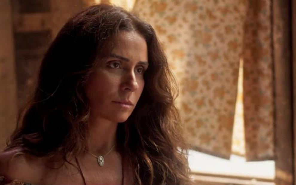 b1ffc2ff2 Luzia (Giovanna Antonelli) fugirá da cadeia durante rebelião e embarcará em  navio de carga