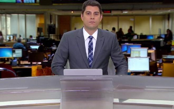 Evaristo Costa na bancada do Jornal Hoje: contrato vence em dois meses e não será renovado - Reprodução/TV Globo