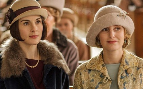 As atrizes Michelle Dockery e Laura Carmichael na última temporada de Downton Abbey - Divulgação/ITV
