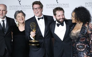 Integrantes do Porta dos Fundos no Emmy Internacional