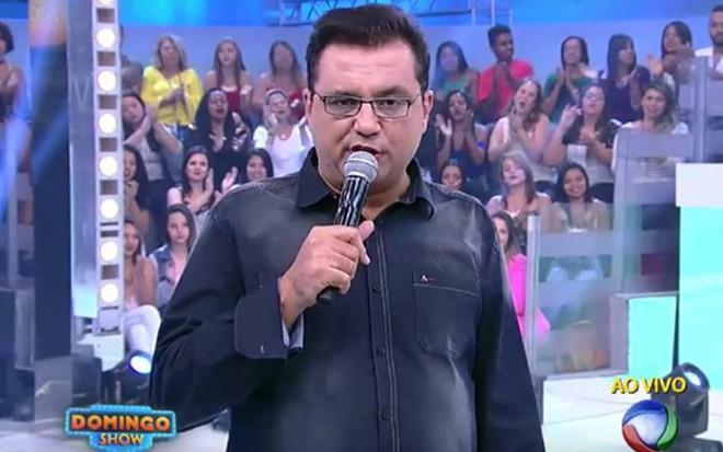 Geraldo Luís durante desabafo no último Domingo Show: 'Não sou covarde' - Reprodução/Record