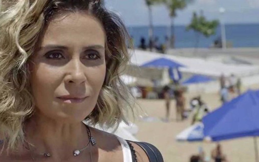 d47ab1b33 Luzia (Giovanna Antonelli) em cena da novela  segredo da DJ será desvendado  pelos