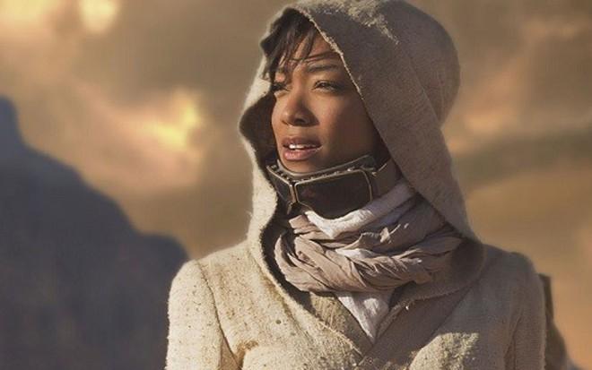 A atriz Sonequa Martin-Green, ex-Walking Dead, na série Star Trek: Discovery - Divulgação/CBS