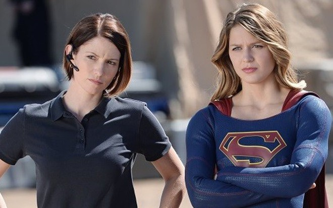 Chyler Leigh e Melissa Benoist em Supergirl; irmã da heroína assume homossexualidade - Divulgação/The CW