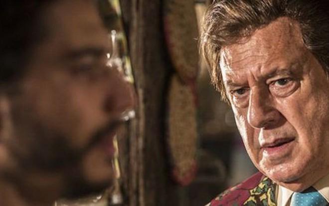 Lee Taylor (Martim) terá cena de conexão espiritual com Antonio Fagundes (Afrânio) no final - Reprodução/TV Globo