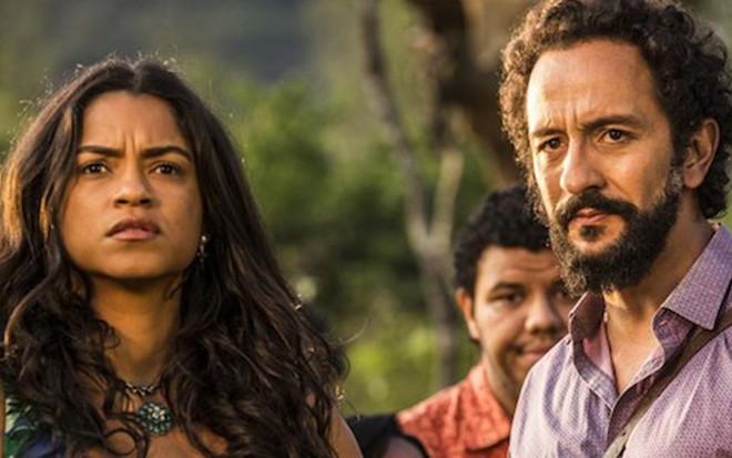 Lucy Alves (Luzia) contracena com Irandhir Santos (Bento) na novela Velho Chico, da Globo - Reprodução/TV Globo