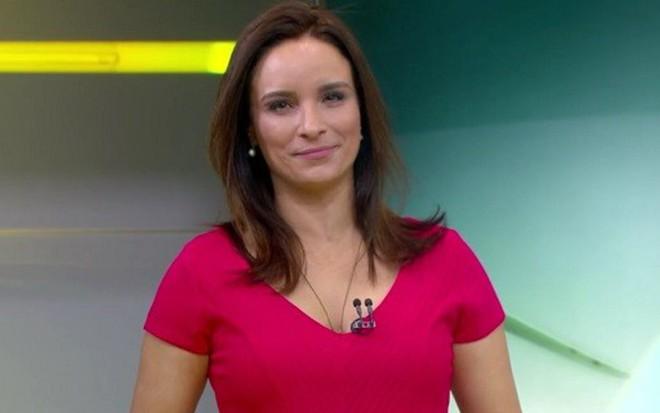 Veruska Donato na última edição do Sala de Emprego, em 25/7; ela chorou pelo fim do quadro - Reprodução/TV Globo