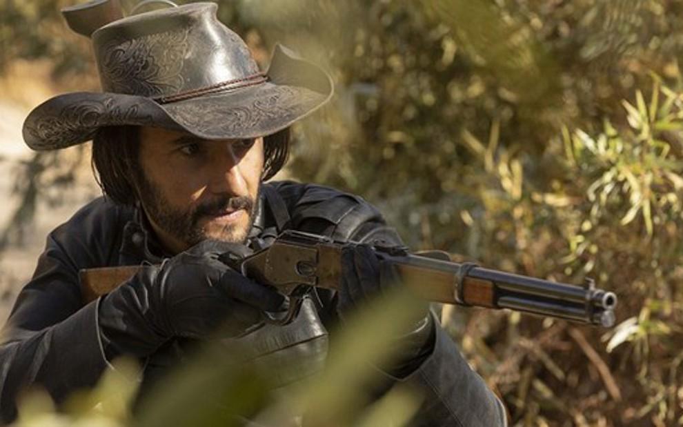 O ator Rodrigo Santoro no final da segunda temporada de Westworld; brasileiro estará em série da Hulu - Divulgação/HBO