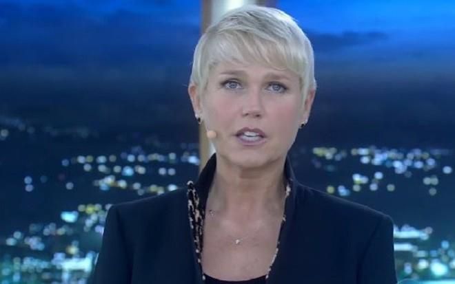 Xuxa Meneghel no programa da última segunda, que sofreu censura pós-edição - Reprodução/TV Record