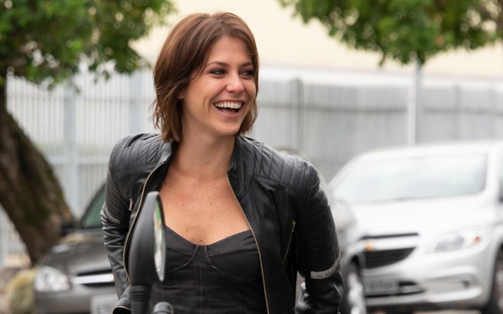 Christiana Ubach é a motogirl Joana, protagonista da série A Garota da Moto, do SBT - João Raposo/SBT