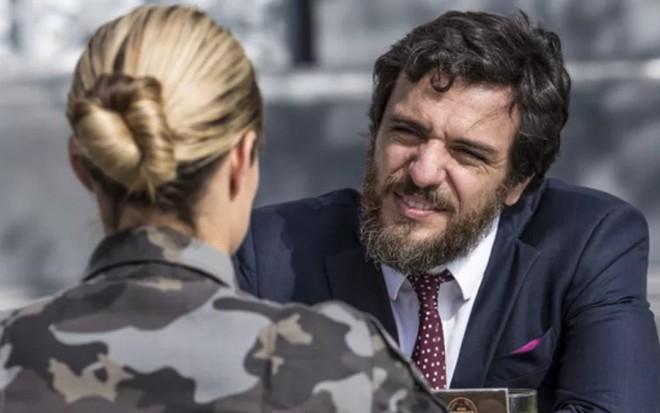Rodrigo Lombardi (Caio) em A Força do Querer; advogado acreditará que foi salvo por Jeiza - Fábio Rocha/TV Globo