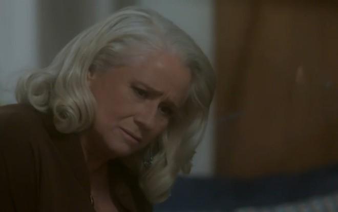 Vera Holtz (Magnólia) em cena de A Lei do Amor; vilã herdará terreno dominado por bandidos - Reprodução/TV Globo