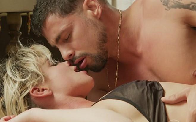 Pupila de Selton Mello estreia na Globo em cenas quentes