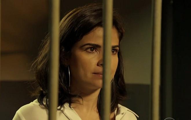 8200c0855 Vanessa Giácomo (Toia) em cena de A Regra do Jogo