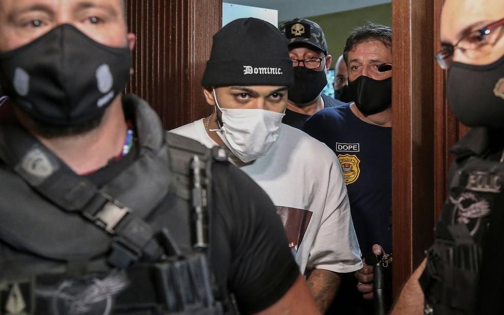 Gabigol admite erro após ser flagrado em cassino pela polícia: 'Faltou sensibilidade' · Notícias da TV