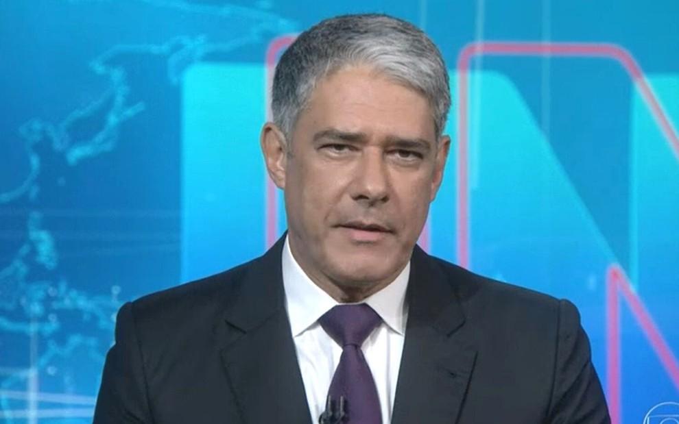 William Bonner no estúdio do Jornal Nacional, da Globo, nesta sexta (5)