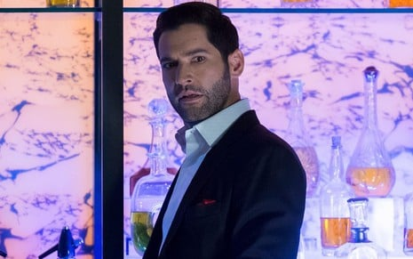 O ator Tom Ellis na quarta temporada de Lucifer