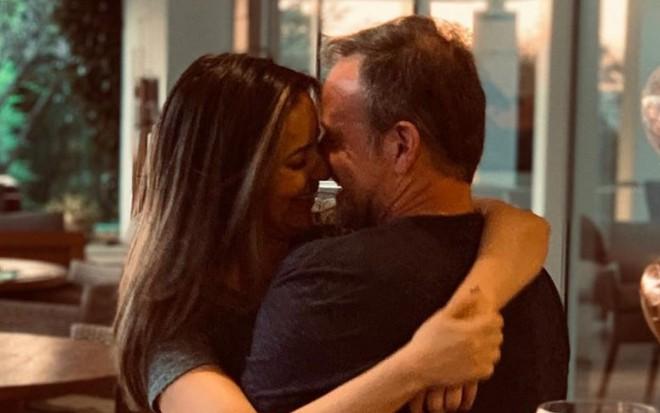 Paloma Tocci assume namoro com Rubens Barrichello: 'Um amor improvável' – Notícias da TV