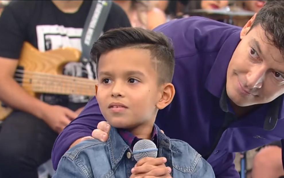 Rodrigo Faro Record TV Canta Comigo Teen