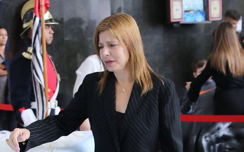 Rose Miriam di Matteo no velório de Gugu em novembro de 2019