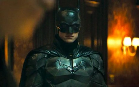 Robert Pattinson como o Homem-Morcego no trailer de The Batman