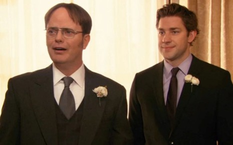 Rainn Wilson e John Krasinski em cena de The Office