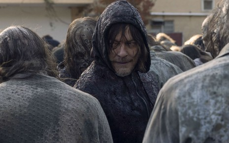Norman Reedus em cena da décima temporada de The Walking Dead