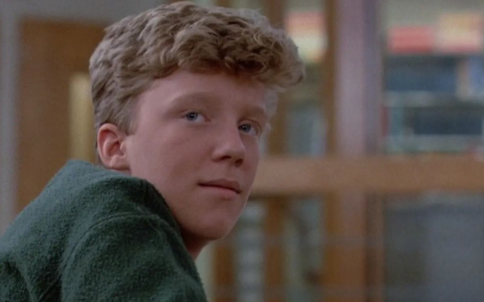 O ator Anthony Michael Hall no filme Clube dos Cinco, de 1985, da Universal Pictures