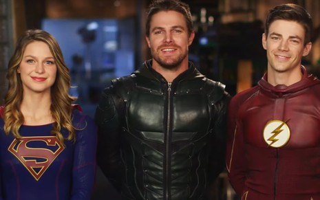 Melissa Benoist (Supergirl), Stephen Amell (Arrow) e Grant Gustin (Flash), astros do chamado Arrowverse - Divulgação/The CW