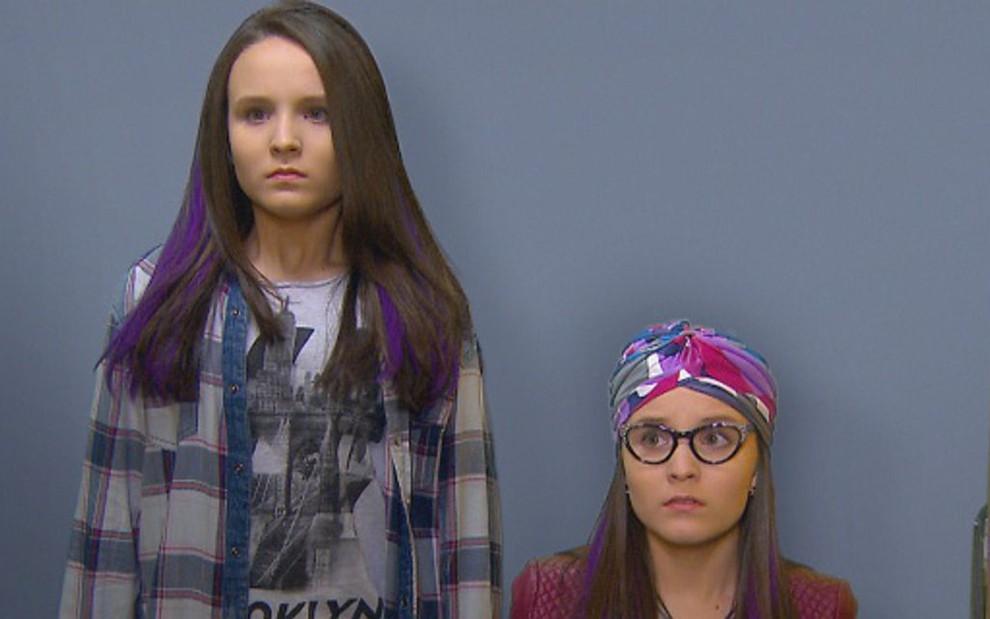 3b19900243f61 Isabela e Manuela (Larissa Manoela) são flagradas por vilã ao trocar de  lugar -
