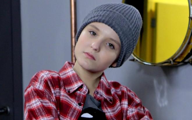 39bdc9d868e0b Cúmplices  Isabela se veste de menino para tentar resgatar Manuela ·  Notícias da TV