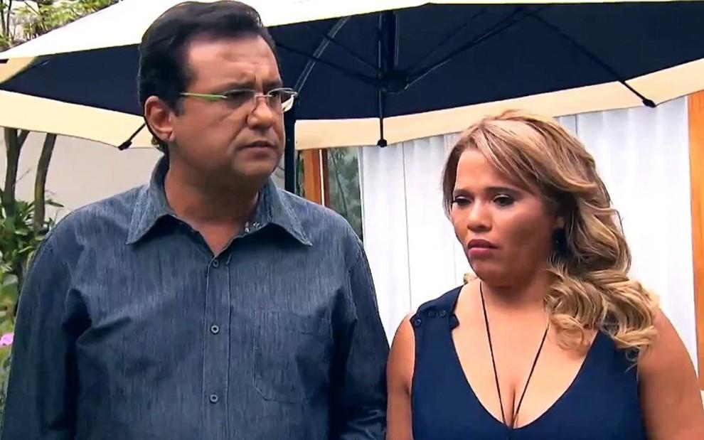 Geraldo Luís e a ex-Pânico Gorete da Silva: exploração de drama perdeu para Passa ou Repassa - REPRODUÇÃO/RECORD