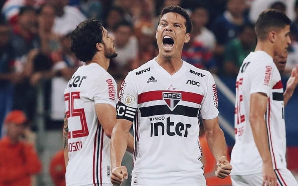 Domingo Tem Futebol Ao Vivo Na Globo E Sete Jogos Do Brasileirao Saiba Como Assistir Noticias Da Tv