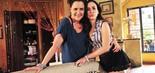 Com a mãe, Márcia (Elizabeth Savalla), que incentiva as investidas da filha (Foto João Miguel Júnior/TV Globo)