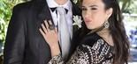 Valdirene e o namorado Carlito (Anderson di Rizzi) no casamento entre Paloma e Bruno (Raphael Dias/TV Globo)