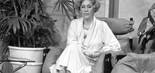 Apresentadora Xênia Bier (1935-2020) no Xênia e Você (1969-1989); programa chegou a ser exibido no horário nobre