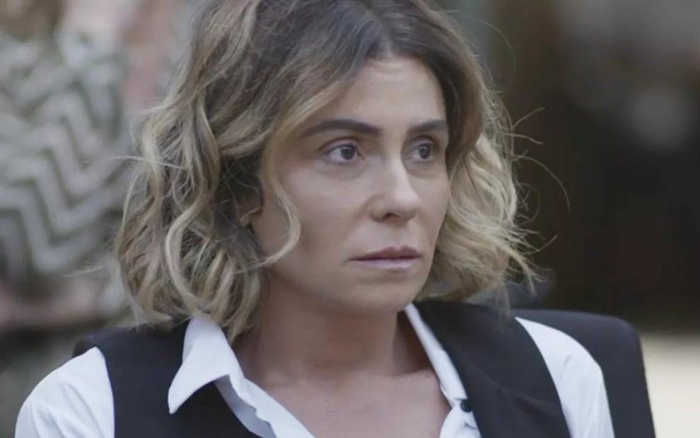 5a4e986c9 Até Giovanna Antonelli aparenta estar cansada da repetição das histórias de  Luzia em Segundo Sol -