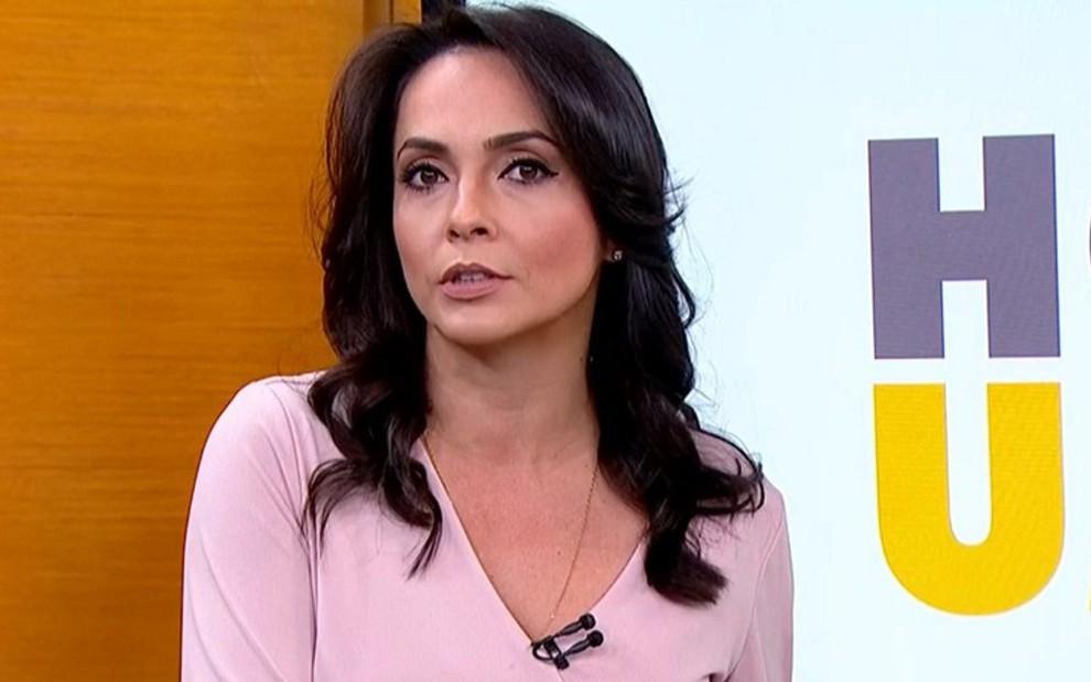 Izabella Camargo em uma das quatro entradas que fez em seu último Hora 1, em 14 de agosto: esgotada - Imagens: Reprodução/TV Globo