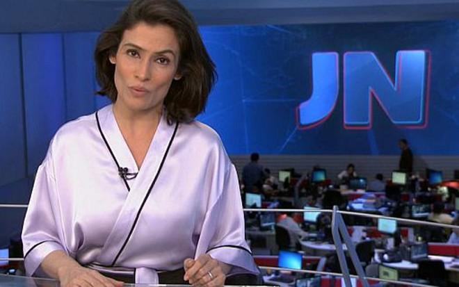 Renata Vasconcellos usou quimono na chamada do Jornal Nacional de quarta-feira (31) - Reprodução/TV Globo