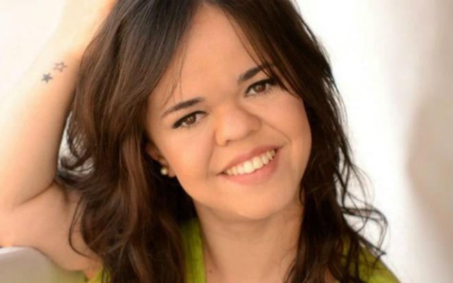 Juliana Caldas, atriz com nanismo que estará na próxima novela de Walcyr Carrasco - Divulgação