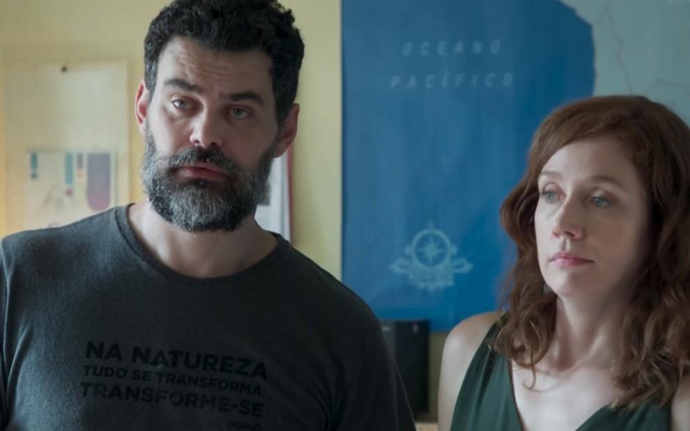 Carmo Dalla Vecchia (Rafael) e Camila Morgado (Gabriela) em cena de Malhação: temporada não emplacou - REPRODUÇÃO/TV GLOBO