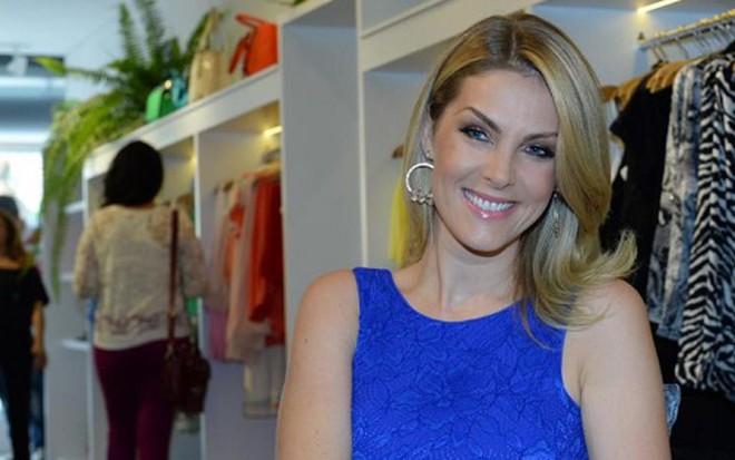 A apresentadora e empresária Ana Hickmann durante evento de abertura de sua  loja em São Paulo 8be8fc85ee